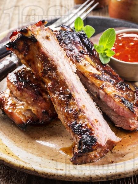 Мариновани свински ребра със захар и кимион на скара - снимка на рецептата
